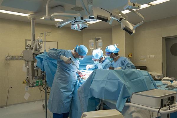 اتاق عمل بیمارستان نیکان